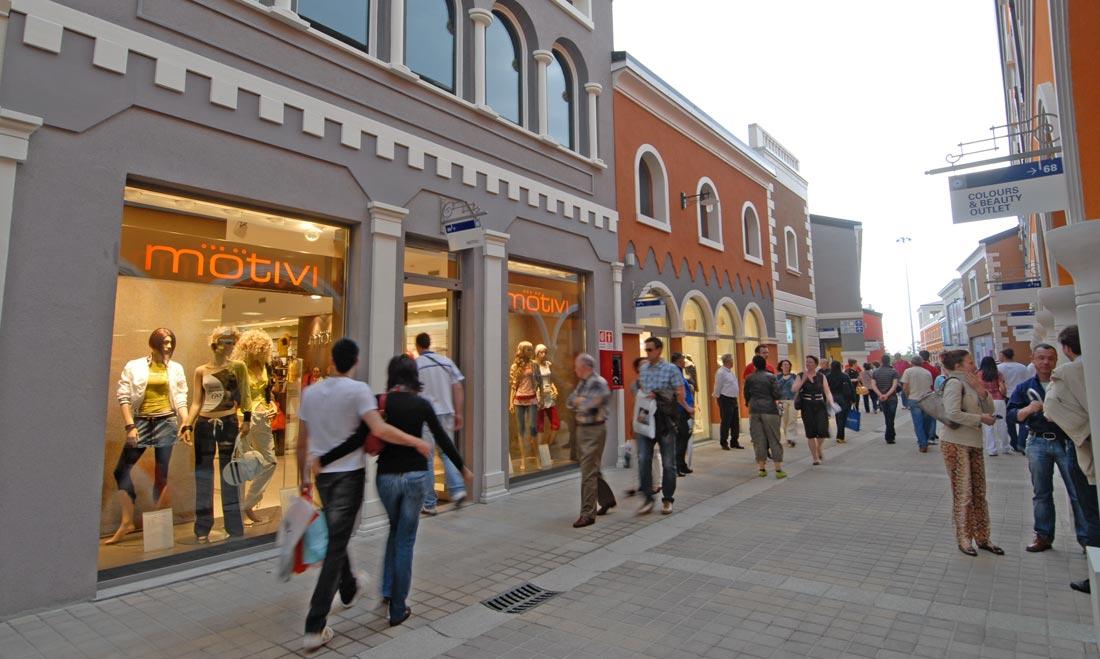 Foto Palmanova Retail Village (UD) - Studio Archea Progetti
